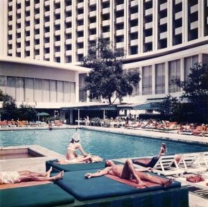 Hilton pool